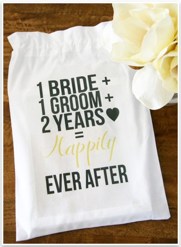 Gift Giving Etiquette For 2nd Wedding : ... anniversary happy 2nd wedding anniversary happy 2nd anniversary gifts