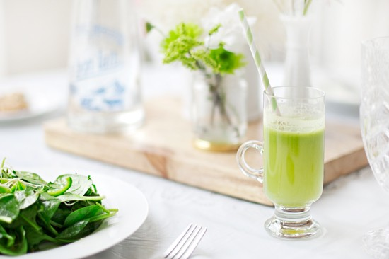 St-Patricks-Brunch-Healthy-Green-Juice