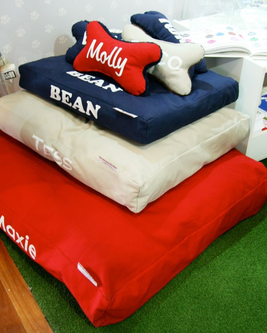 Personalised Dog Bedding | Pretty Fluffy