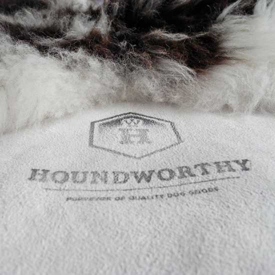 Washable Sheepskin Rugs For Dogs: Pretty Fluffy