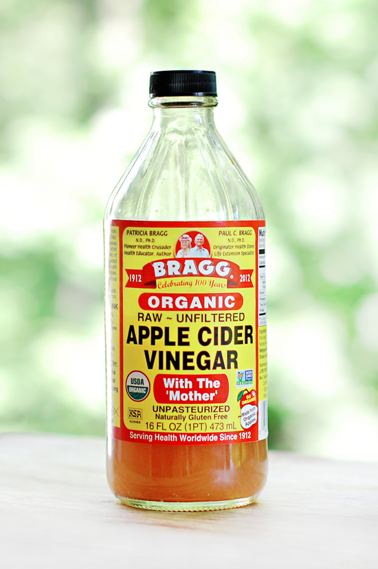 Hot-Spot-Remedies_Apple-Cider-Vinegar