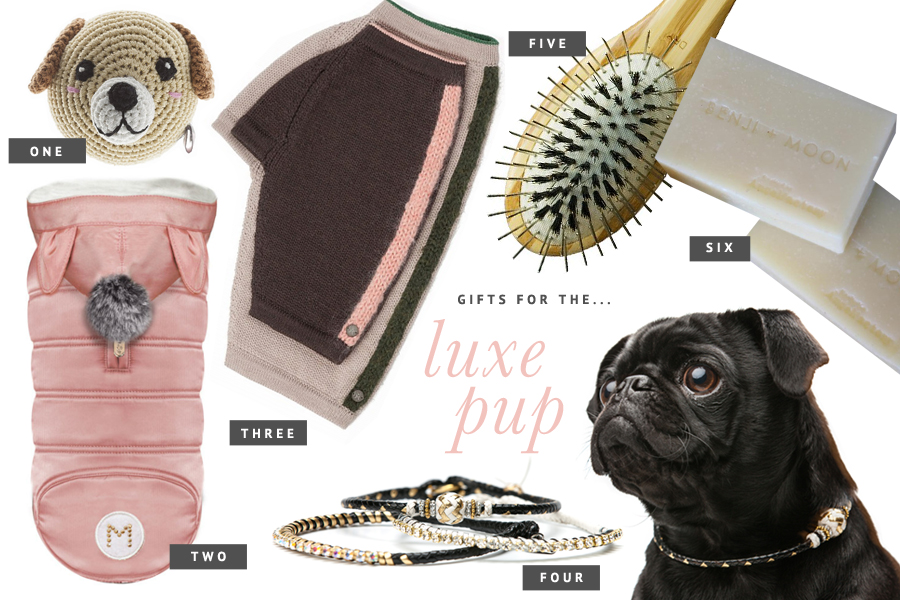 Holiday Gift Guide for Dogs: For the Luxe Pup - 2015 // The ultimate holiday gift guide for dogs - the best stocking stuffers, dog treats, toys and accessories to pamper your pet this holiday season. // www.prettyfluffy.com