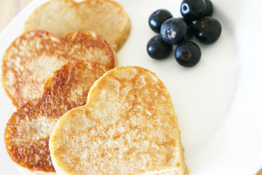 DIY Dog Pancake Recipe | Pretty Fluffy