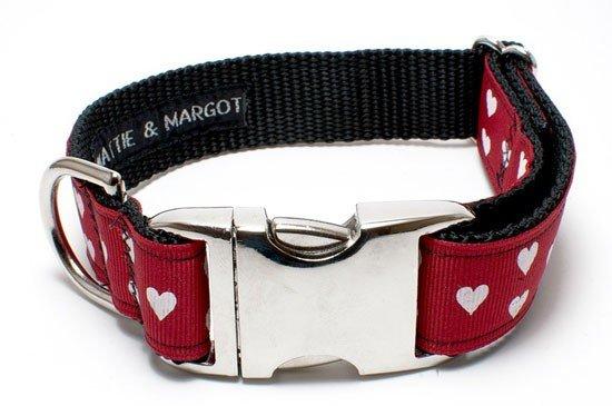 Love-Heart-Dog-Collar-by-Mattie-+-Margot-_-Pretty-Fluffy