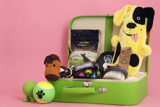 WIN a Puppy Tales Puppy Hamper > Enter the Pretty Fluffy Christmas Giveaway - over $2000 in prizes to be won.