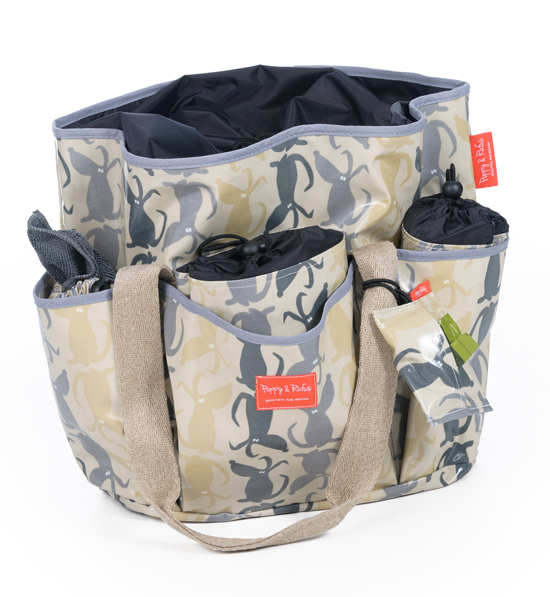 The Ultimate Dog Travel Bag by Poppy & Rufus