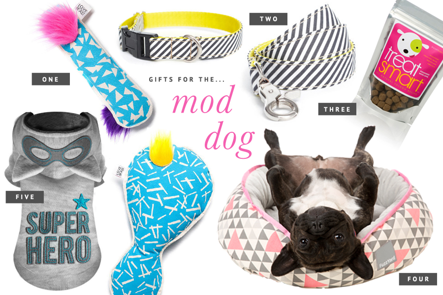 Holiday Gift Guide for Dogs: For the Modern Dog // The ultimate holiday gift guide for dogs - the best stocking stuffers, dog treats, toys and accessories to pamper your pet this holiday season. // www.prettyfluffy.com