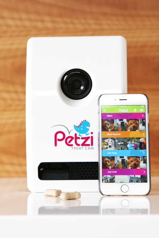 Giveaway! Vividwireless is giving away a $2,000 Stayz pet-friendly holiday voucher and a Petzi Cam for one lucky winner, with 5 runners up receiving their very own Petzi Cam. Click to enter.