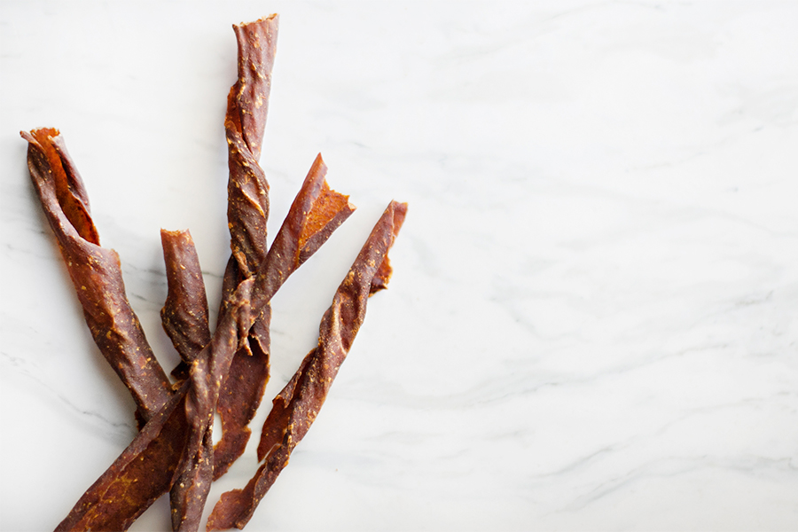 Don't let your dog feel left out this Thanksgiving holiday! These healthy, 3 ingredient chew sticks are the perfect treat/toy for your pup to enjoy.