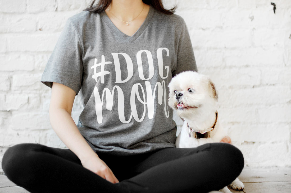#dogmom Tee - These are the dog mom essentials you need in your life this year.