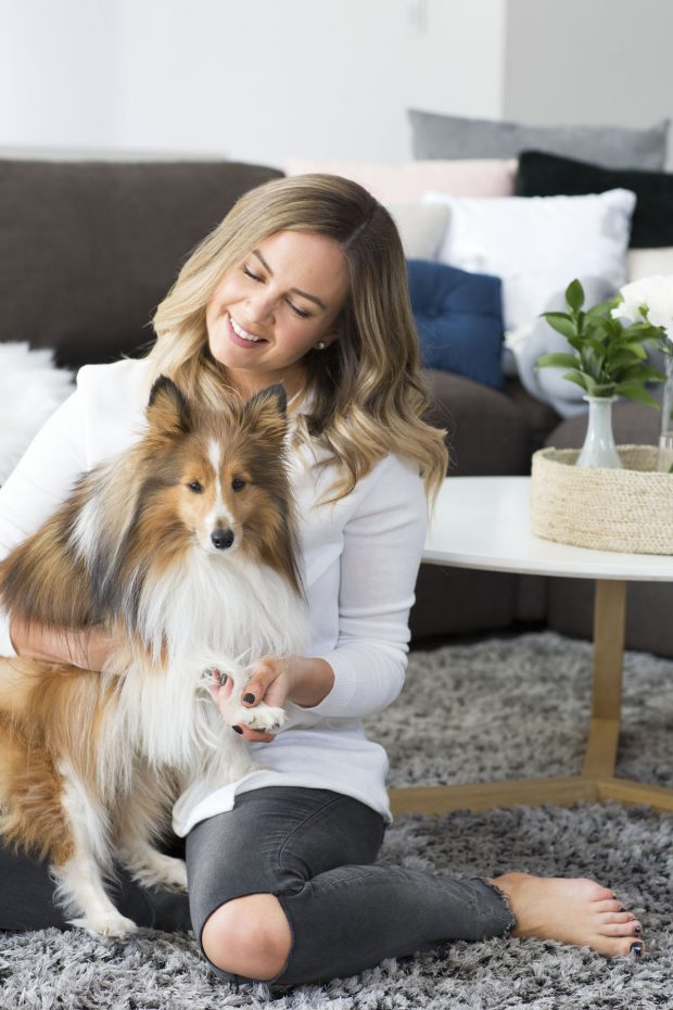 Take a sneak peek into the spectacularly styled Australian home of Sonia Bavistock and her fluffy sidekick, Amalfi.